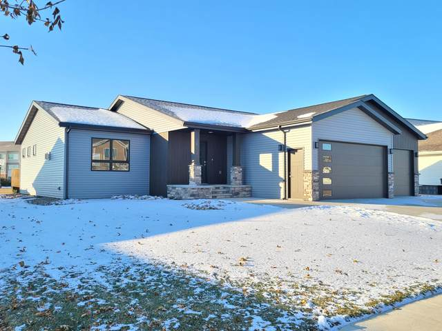 2512 Peach Tree Drive, Bismarck, ND 58504 (MLS #408869) :: Trademark Realty