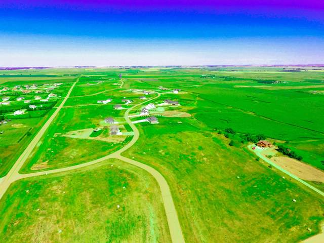6705 Country Ridge Road, Bismarck, ND 58503 (MLS #409361) :: Trademark Realty