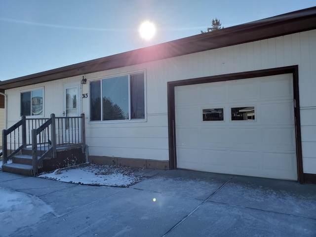 313 Interstate Avenue E, Bismarck, ND 58503 (MLS #409638) :: Trademark Realty