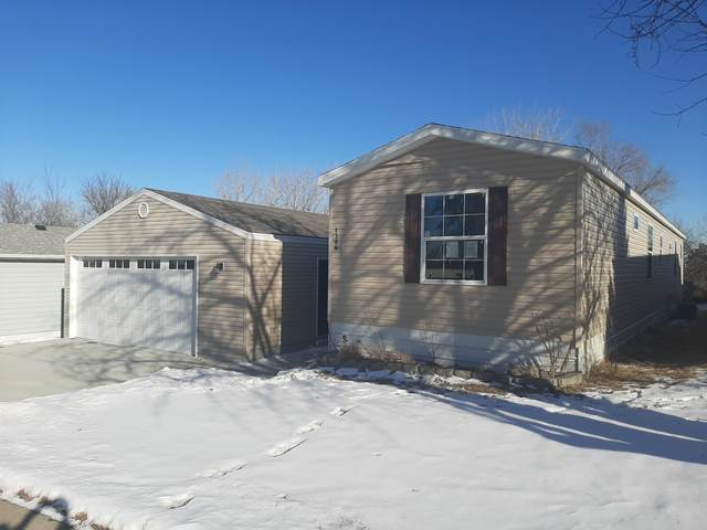 1304 11th Avenue SE, Mandan, ND 58554 (MLS #409863) :: Trademark Realty