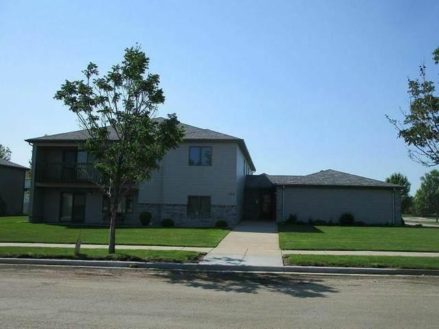 705 Bridgeport Drive #4, Bismarck, ND 58504 (MLS #410331) :: Trademark Realty