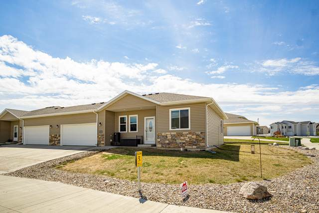 809 Canada Avenue, Bismarck, ND 58503 (MLS #410705) :: Trademark Realty