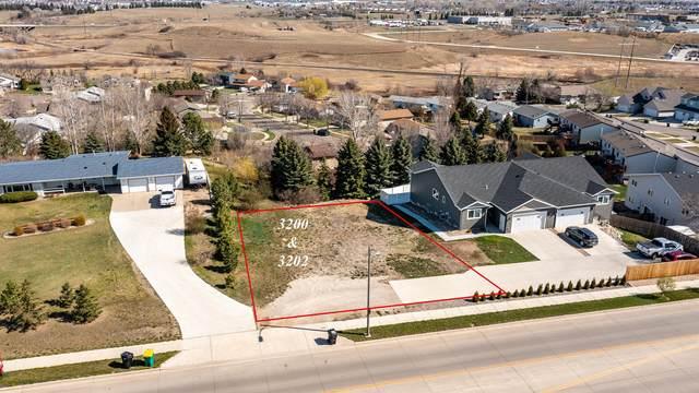 3200/3202 E Divide Avenue, Bismarck, ND 58501 (MLS #410722) :: Trademark Realty