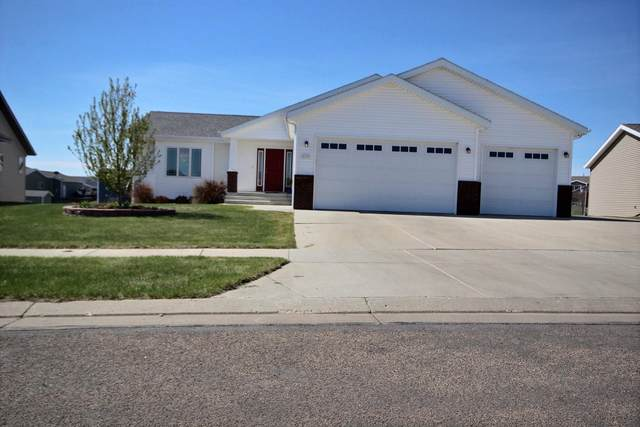 4721 Maltby Street, Bismarck, ND 58503 (MLS #410735) :: Trademark Realty