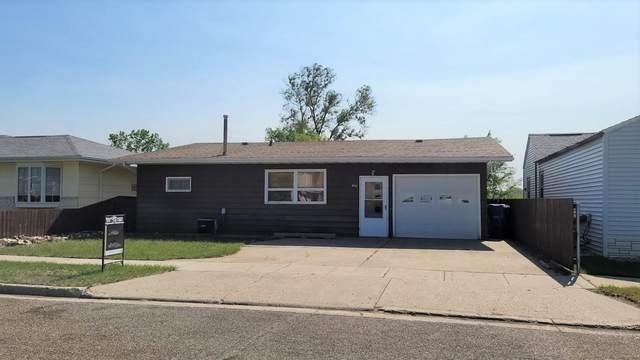 408 1st Avenue NE, Beulah, ND 58523 (MLS #411201) :: Trademark Realty
