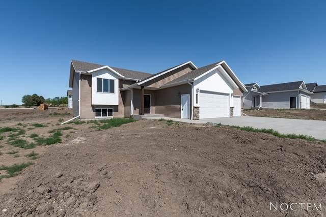 3906 Nickel Street, Bismarck, ND 58503 (MLS #411244) :: Trademark Realty