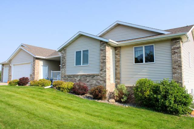 718 Buckskin Avenue, Bismarck, ND 58503 (MLS #411638) :: Trademark Realty