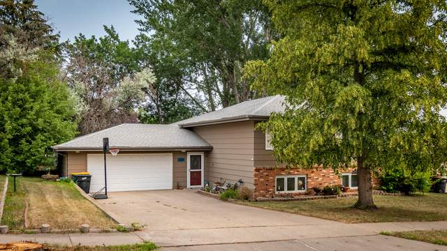 1808 Masterson Avenue, Bismarck, ND 58501 (MLS #411722) :: Trademark Realty