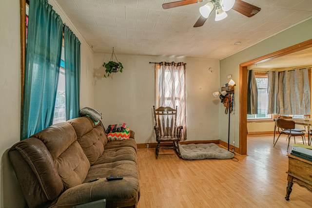 207 8th Avenue SW, Mandan, ND 58554 (MLS #412509) :: Trademark Realty