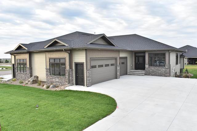 907 Select Lane, Bismarck, ND 58503 (MLS #407004) :: Trademark Realty