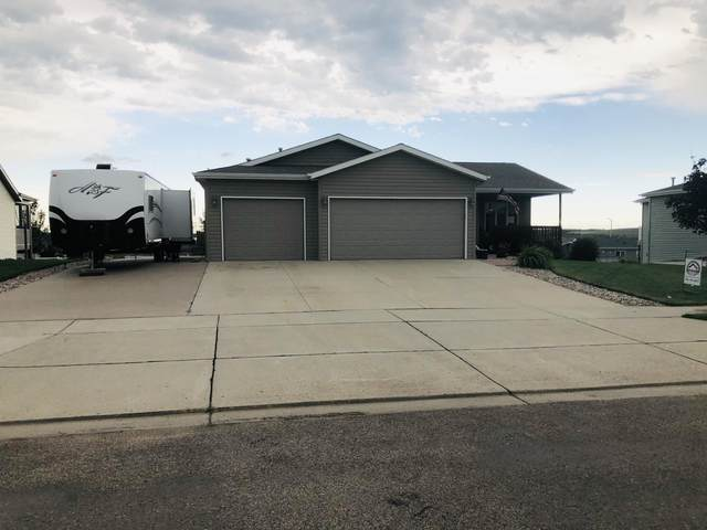 3319 Roosevelt Drive, Bismarck, ND 58503 (MLS #407506) :: Trademark Realty