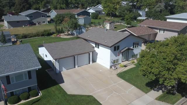 812 Eastview Drive, Bismarck, ND 58501 (MLS #408475) :: Trademark Realty
