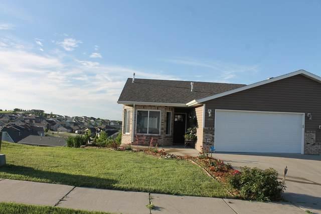 3224 Eastside Place, Bismarck, ND 58501 (MLS #409630) :: Trademark Realty