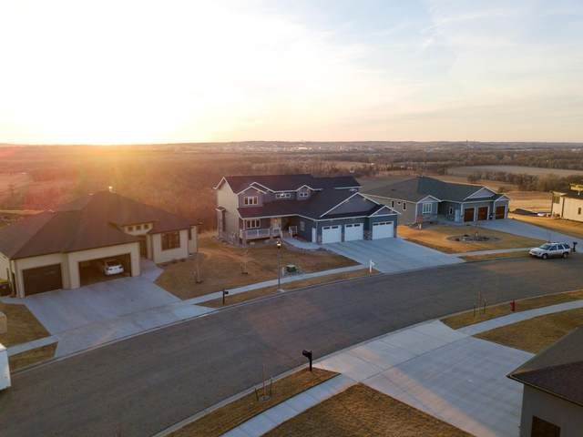 2923 Powder Ridge Drive, Bismarck, ND 58503 (MLS #410106) :: Trademark Realty