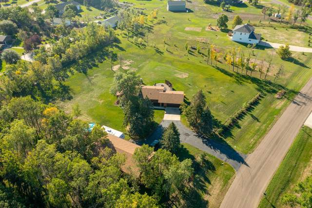 9247 Forest Drive, Bismarck, ND 58503 (MLS #412164) :: Trademark Realty