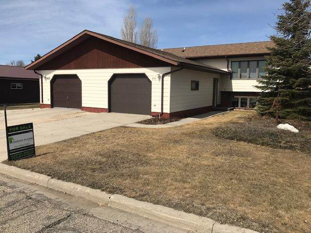 829 8th St Street East Street E, Bottineau, ND 58318 (MLS #401380) :: Trademark Realty