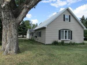 115 4th Street S, Wilton, ND 58579 (MLS #407989) :: Trademark Realty