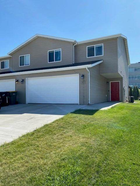 915 Bremner Avenue, Bismarck, ND 58503 (MLS #408378) :: Trademark Realty