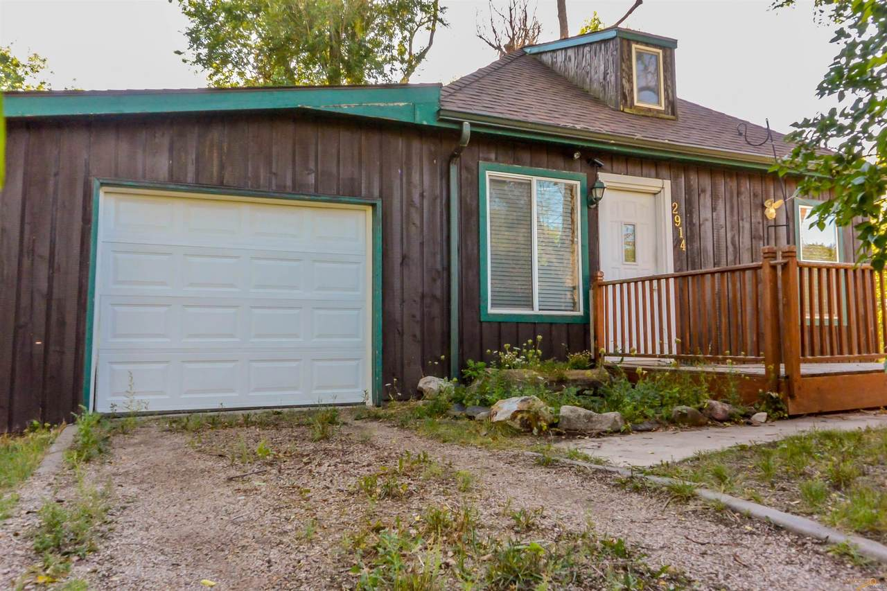 2914 Valley Dr - Photo 1