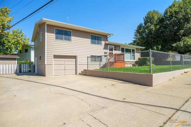 2126 Arroyo Dr, Rapid City, SD 57702 (MLS #140855) :: Christians Team Real Estate, Inc.