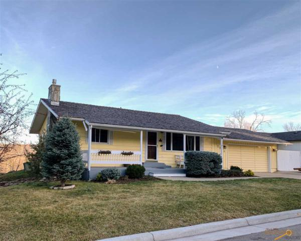 2216 Cedar Dr, Rapid City, SD 57702 (MLS #141653) :: Christians Team Real Estate, Inc.