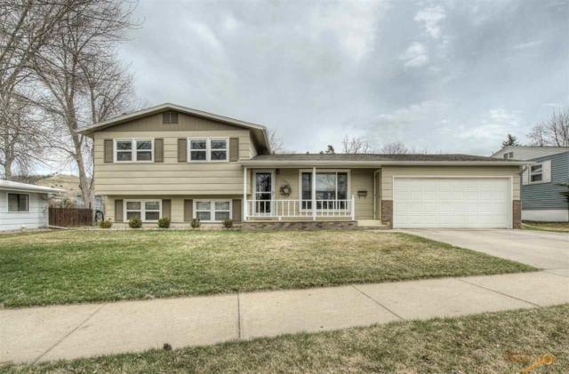 2402 Lockwood Dr, Rapid City, SD 57702 (MLS #143379) :: Christians Team Real Estate, Inc.