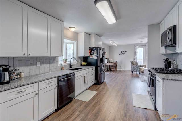 616 S Berry Pine Rd, Rapid City, SD 57702 (MLS #146303) :: Christians Team Real Estate, Inc.