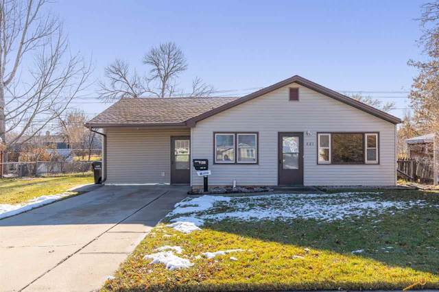 821 Rena Pl, Rapid City, SD 57701 (MLS #146719) :: Dupont Real Estate Inc.