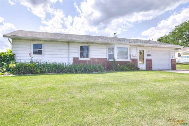 2817 Oak Ave, Rapid City, SD 57701 (MLS #147641) :: Christians Team Real Estate, Inc.