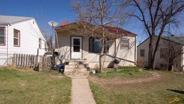 330 St Patrick, Rapid City, SD 57701 (MLS #148793) :: VIP Properties