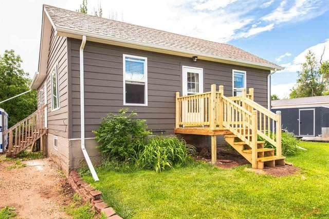 3921 Sunset Dr, Rapid City, SD 57702 (MLS #150047) :: VIP Properties