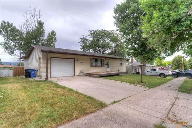 2317 Alamo Dr, Rapid City, SD 57702 (MLS #150321) :: Dupont Real Estate Inc.