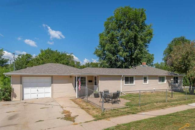 2111 Prairie Ave, Rapid City, SD 57701 (MLS #150592) :: Dupont Real Estate Inc.