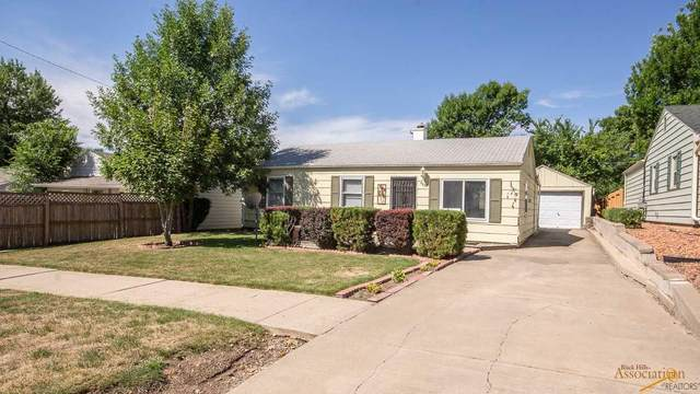 2031 Ivy Ave, Rapid City, SD 57701 (MLS #150823) :: Dupont Real Estate Inc.