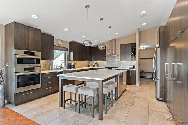 3351 Moon Meadows Dr, Rapid City, SD 57702 (MLS #151304) :: Dupont Real Estate Inc.