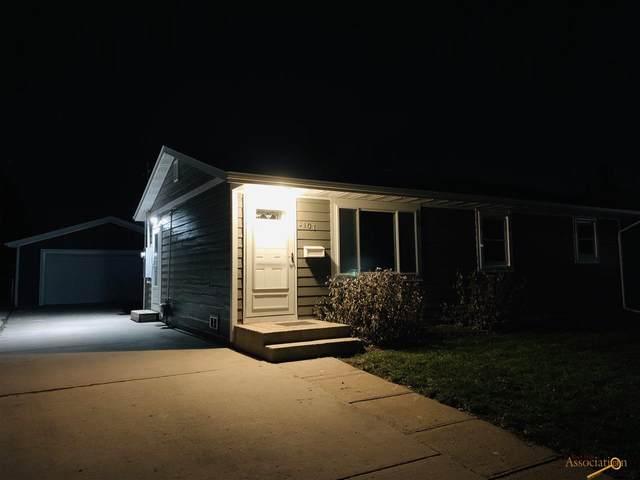 3107 Oak Ave, Rapid City, SD 57701 (MLS #151802) :: Black Hills SD Realty