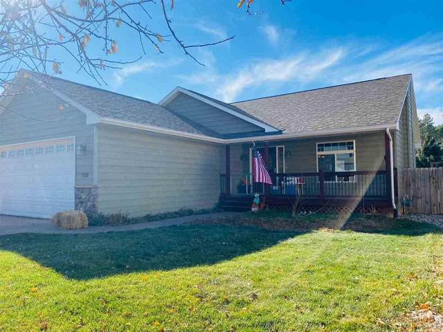 1929 Hills View Dr, Rapid City, SD 57702 (MLS #151958) :: Black Hills SD Realty