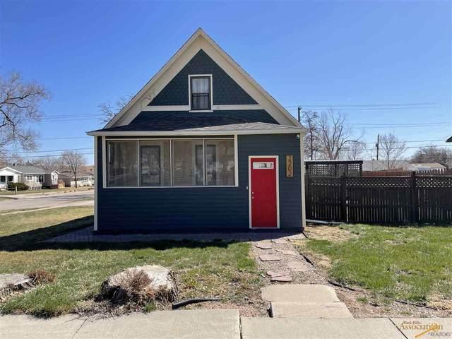 2202 5TH ST, Rapid City, SD 57701 (MLS #153595) :: Christians Team Real Estate, Inc.