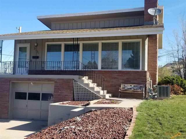 2104 Arroyo Dr, Rapid City, SD 57702 (MLS #153938) :: Dupont Real Estate Inc.