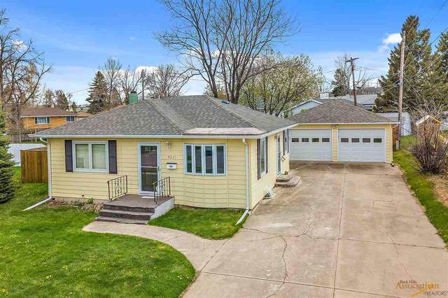 4211 Meadowwood Dr, Rapid City, SD 57702 (MLS #154180) :: Dupont Real Estate Inc.