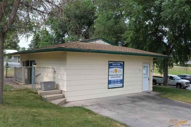 2513 Harney Dr, Rapid City, SD 57702 (MLS #155178) :: Heidrich Real Estate Team