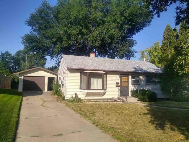 809 Horace Mann Dr, Rapid City, SD 57701 (MLS #155711) :: VIP Properties
