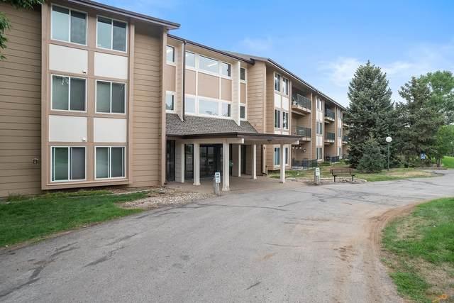 3986 Fairway Hills Dr, Rapid City, SD 57702 (MLS #155818) :: Heidrich Real Estate Team