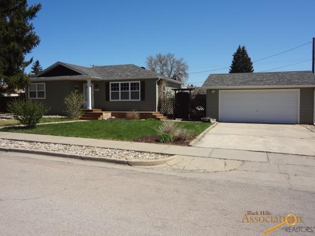 206 42ND, Rapid City, SD 57702 (MLS #138796) :: Christians Team Real Estate, Inc.