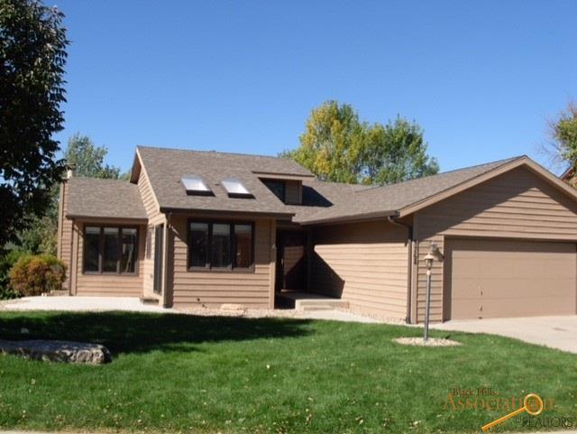 4768 Ridgecrest Ct, Rapid City, SD 57702 (MLS #141226) :: Christians Team Real Estate, Inc.