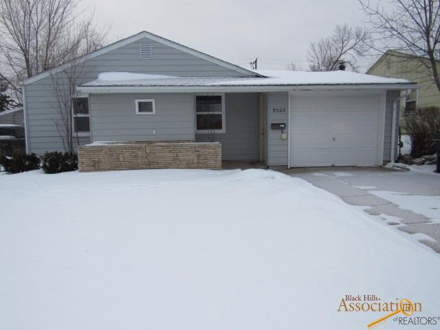 2101 Ivy Ave, Rapid City, SD 57701 (MLS #142714) :: Christians Team Real Estate, Inc.