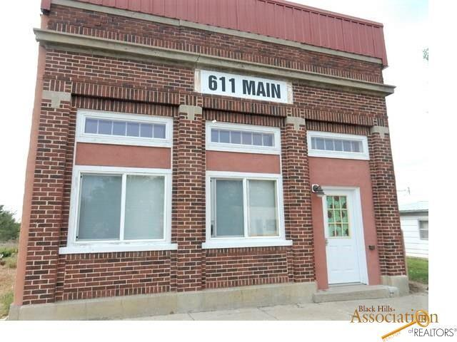 611 Main St, Belvidere, SD 57521 (MLS #143132) :: Christians Team Real Estate, Inc.
