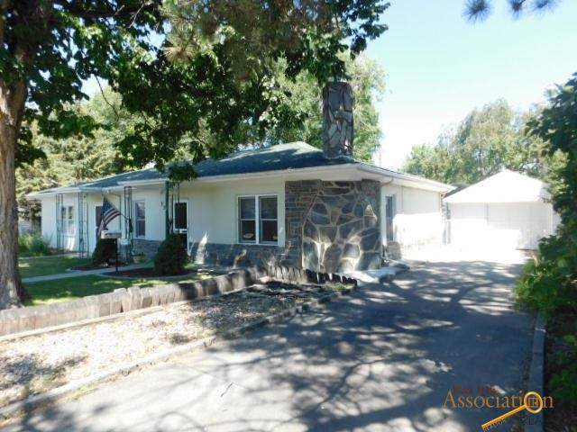 239 S 15TH ST, Hot Springs, SD 57747 (MLS #145401) :: Christians Team Real Estate, Inc.