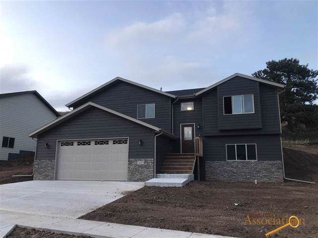 2645 Meadows Dr, Sturgis, SD 57785 (MLS #146423) :: Christians Team Real Estate, Inc.
