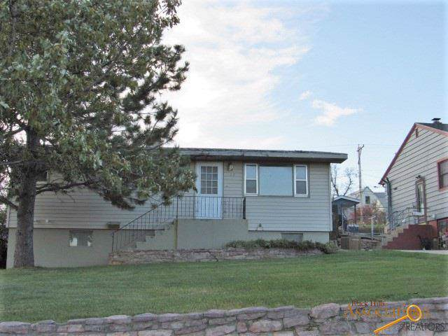 625 St Charles, Rapid City, SD 57701 (MLS #146554) :: Dupont Real Estate Inc.
